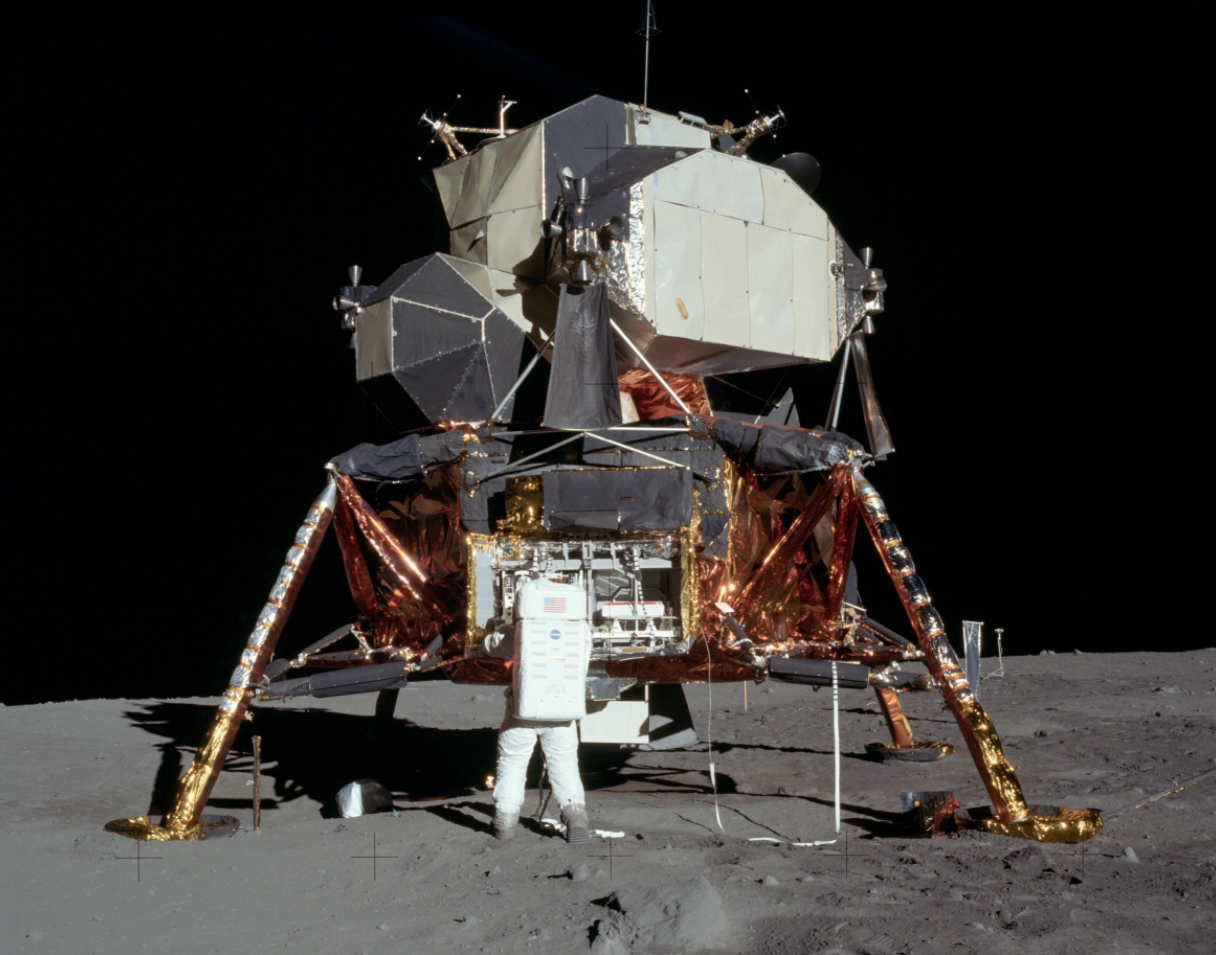 Apolo 11 lunar module - Eagle (courtesy of NASA)